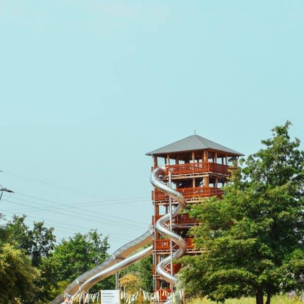 Rutschenturm in Mageburg Elbauenpark