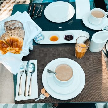 Frühstück im Malmerendas dem kinderfreundlichen Boutique Hotel in Porto mit Kindern